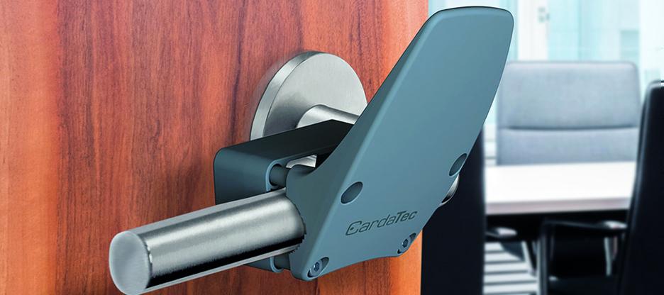Hygiene-Türgriffadapter CardaTec® H1: kleiner Aufwand, grosse Schutzwirkung